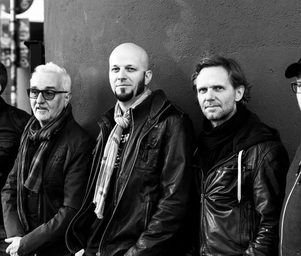 Jakob Hansonis Band – Ashes